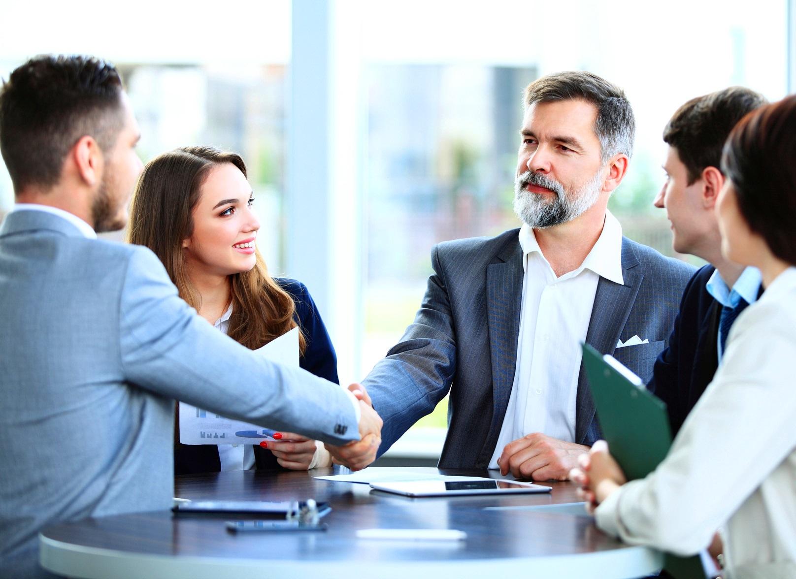 Dołącz do platformy EuroQuity, gdzie firmy z potencjałem wzrostu spotykają się z inwestorami i doradcami biznesowymi