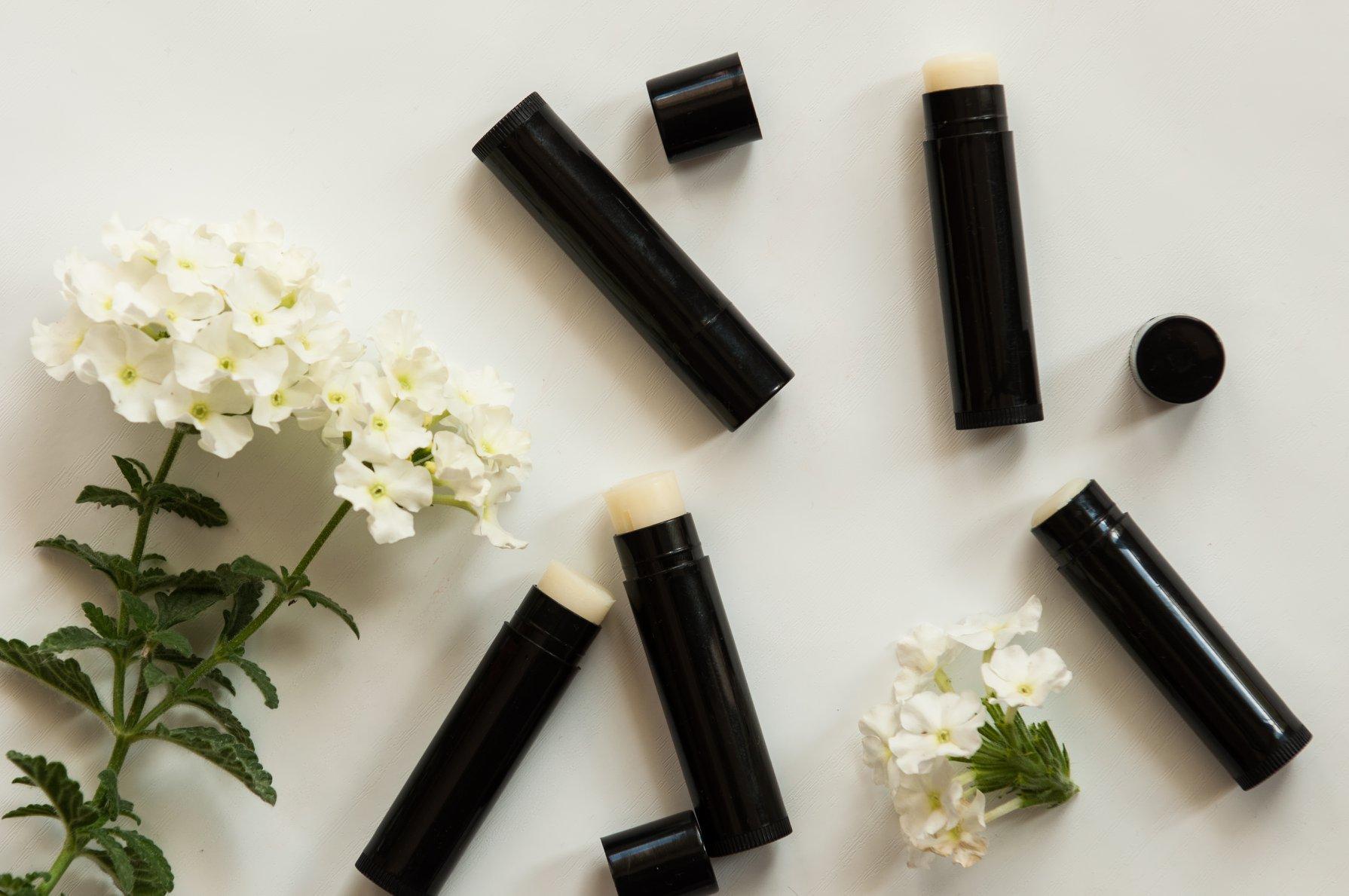 Poszukiwani dostawcy naturalnych olejków kosmetycznych