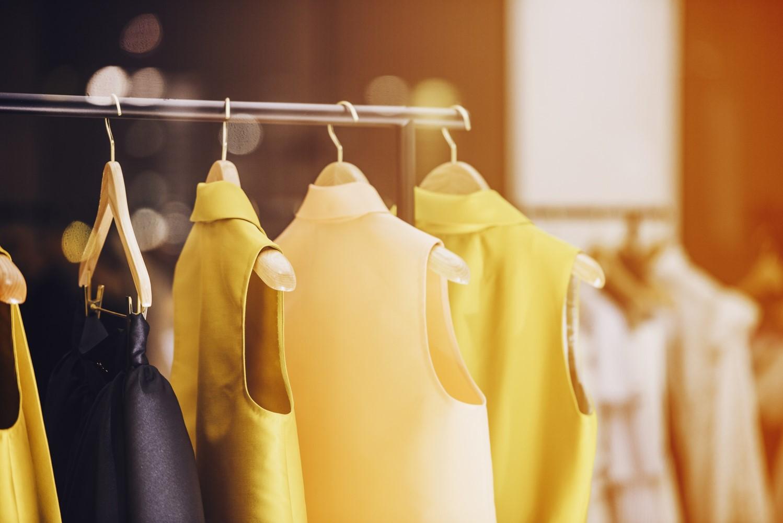Rumuńska firma poszukuje dostawcy lnu i tiulu do produkcji odzieży