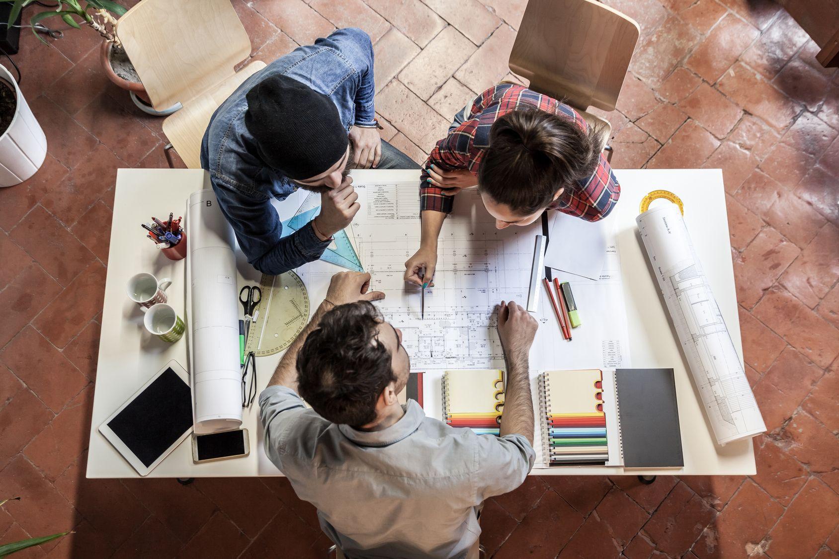 Design Thinking oraz Service Design pomocne przy tworzeniu programów wspierających innowacyjność