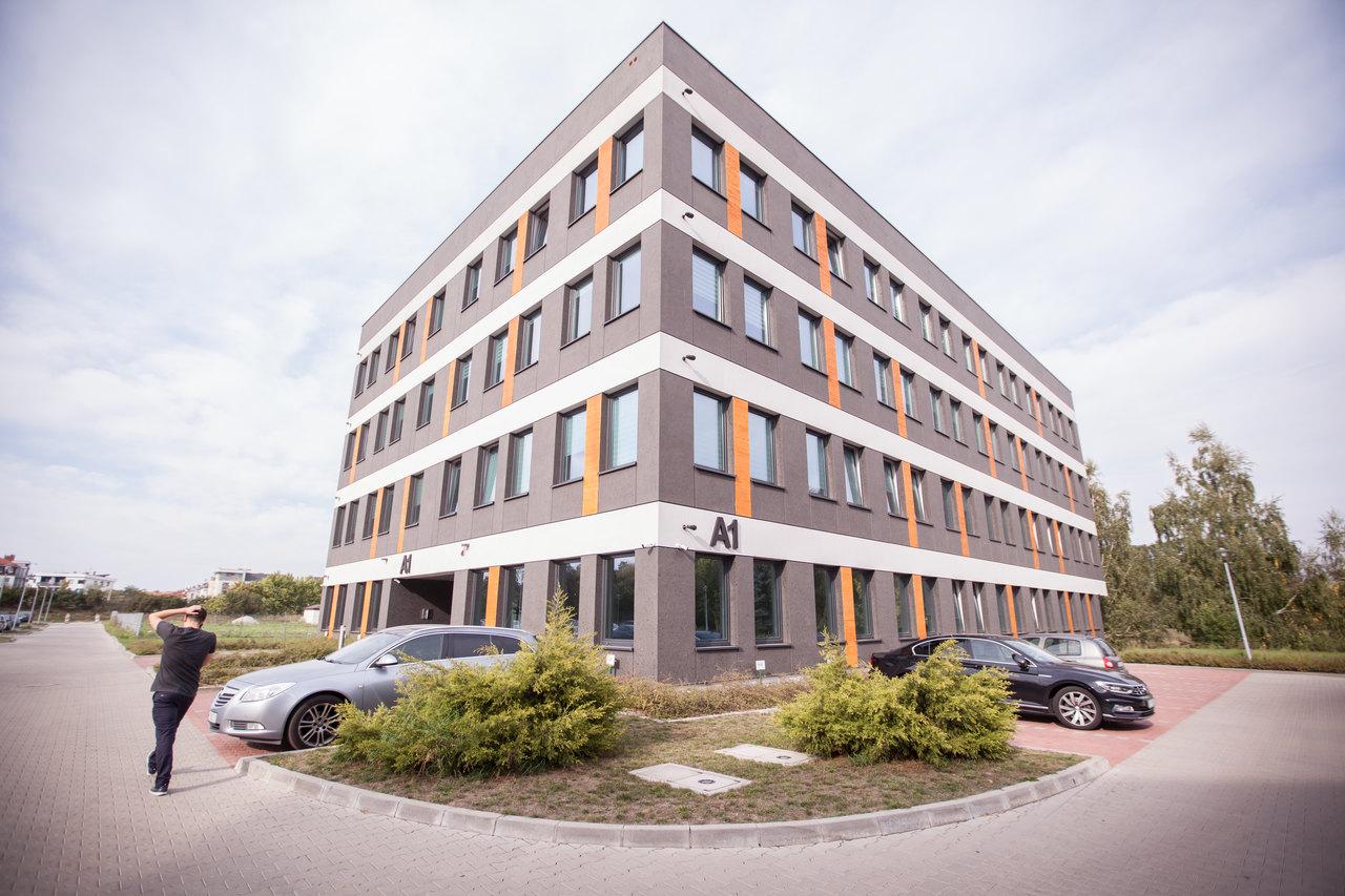 Przygotowanie dokumentacji umożliwiającej spółce DOOK .S.A. emisję akcji i ich debiut na rynku NewConnect GPW w Warszawie