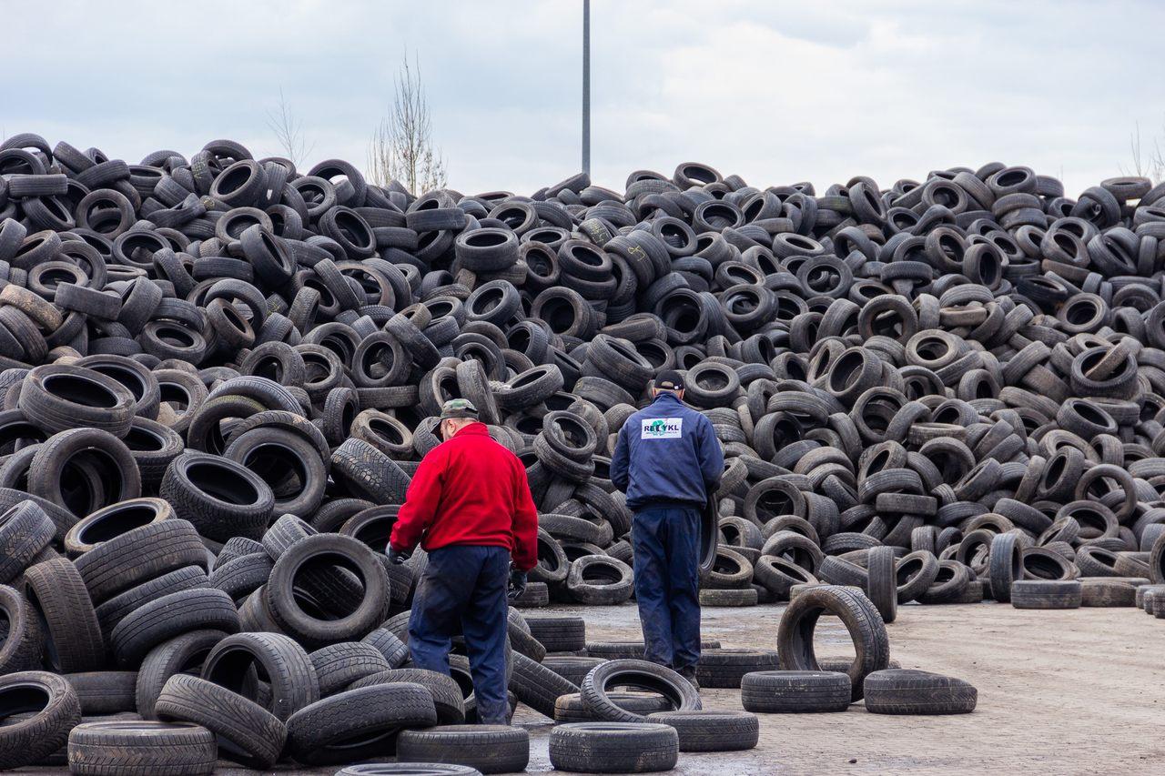 Wdrożenie innowacyjnego dodatku stabilizującego do mieszanek mineralno-asfaltowych pozyskiwanego w drodze recyklingu zużytych opon o unikatowej charakterystyce spływności, poprawiającego jakość asfaltowych nawierzchni drogowych