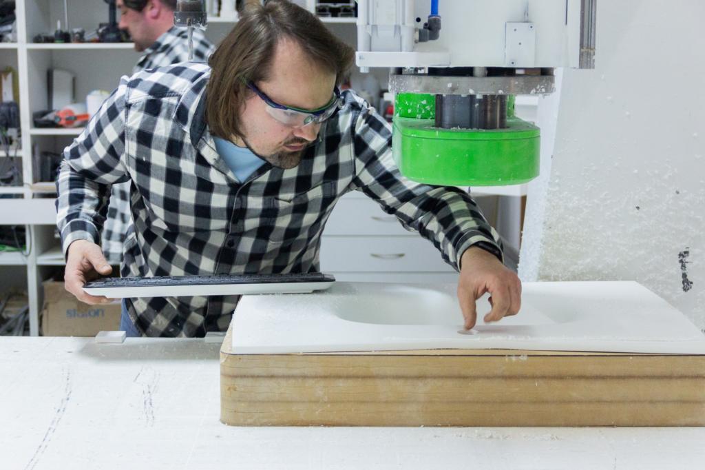 """Wdrożenie do produkcji w firmie """"STANPAUL"""" wzoru przemysłowego, linii umywalek z materiałów typu solid surface, z funkcjami dla osób niepełnosprawnych"""